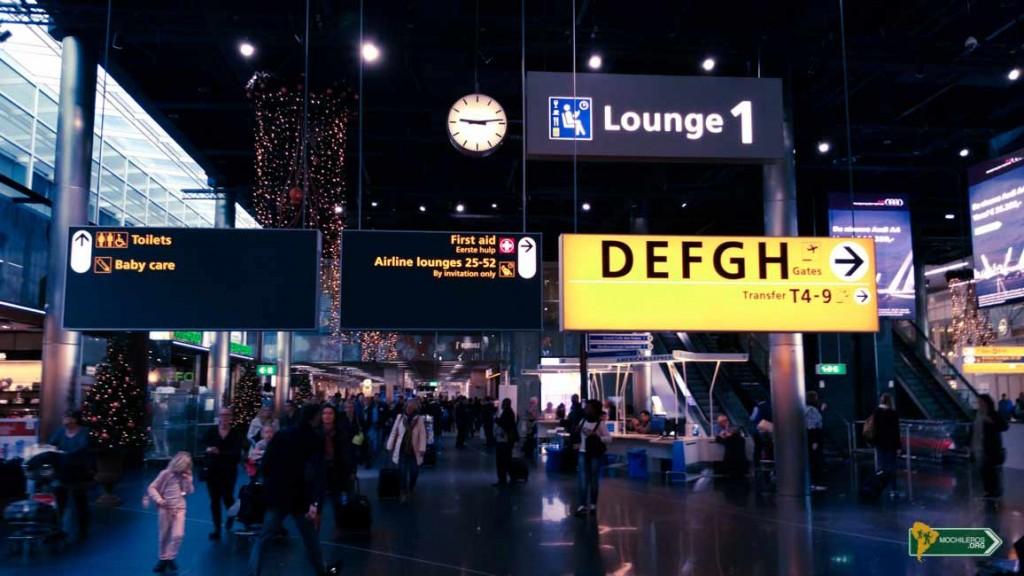 Viajar - volar por primera vez - aeropuerto por dentro
