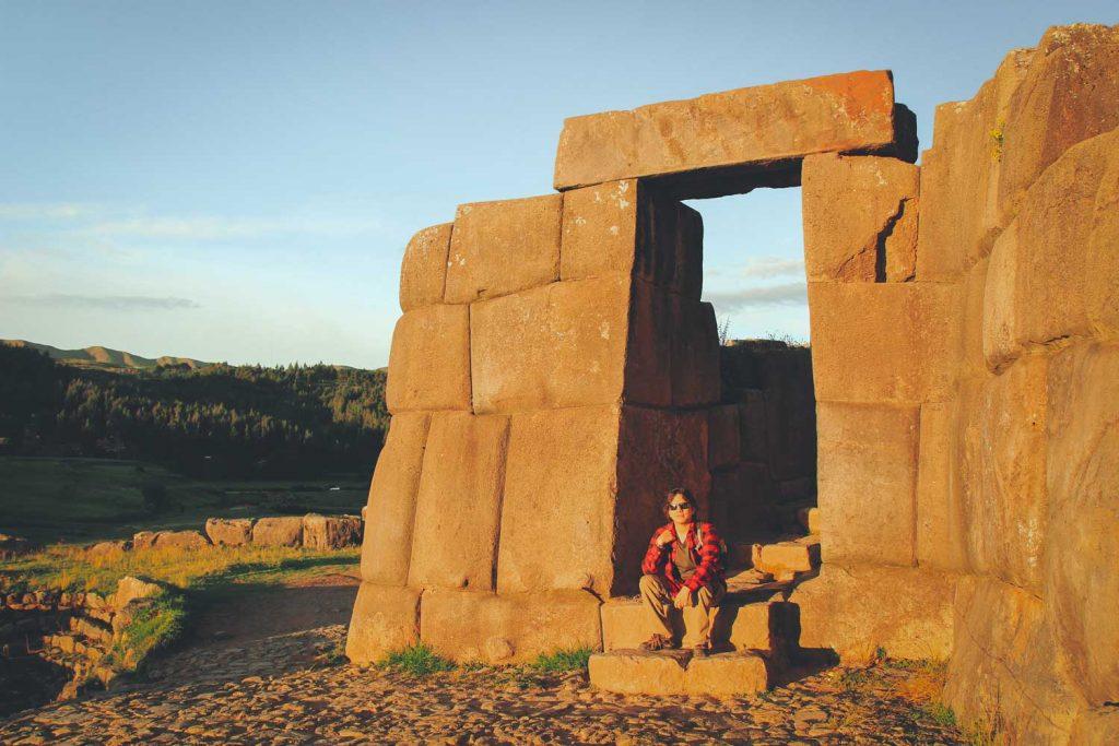 Portal en la fortaleza de Sacsayhuamán. Valle sagrado de los Incas.
