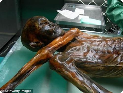 oetzi-the-mummified-iceman-1