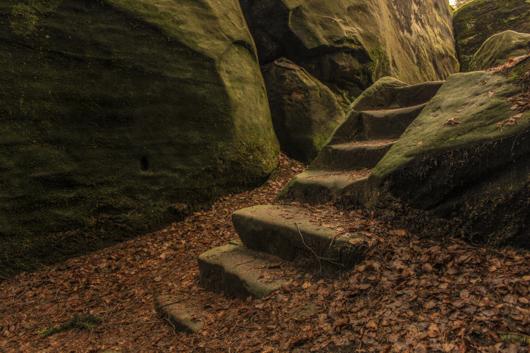 escaleras de piedra besedice
