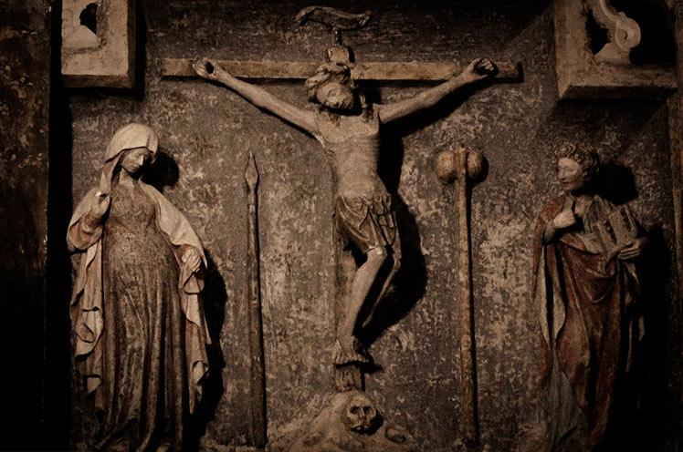 Photo of La Iglesia más visitada por los Exorcistas. San Michele Arcangelo, Gargano – Italia