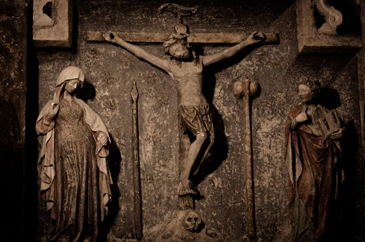 iglesia exorcismos san michele nelsonmochilero