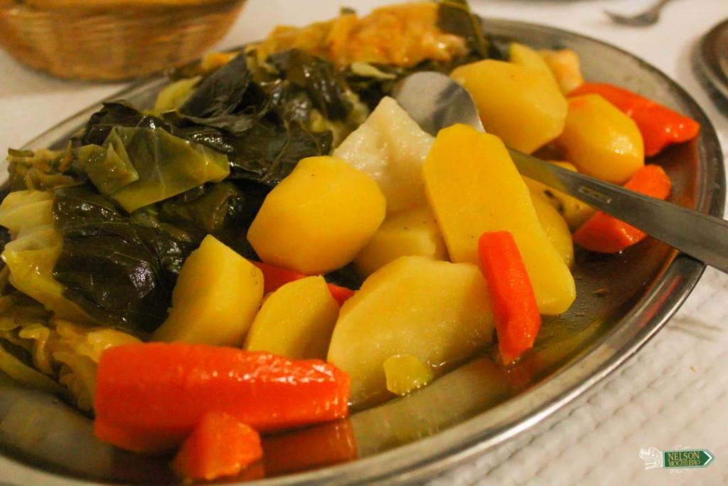 Papas y vegetales del Cocido Portugues