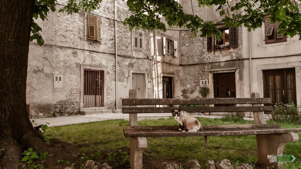 Barrio antiguo de Vodnjan en Istria Croacia
