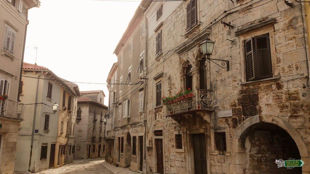 Vodnjan calles empredradas, Istria Croacia