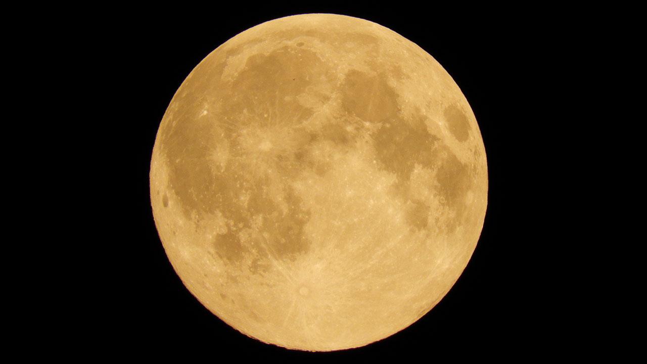 Superficie Lunar - Nelson Mochilero